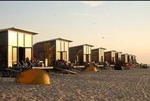 Slapen aan zee / Unieke strandslaaphuisjes aan de West Zeeuws-Vlaamse kust