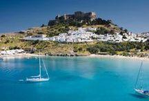 Griechenland - Urlaub in der Sonne / Griechenland ist für viele Urlauber der Inbegriff von Badeurlaub, sonnigen Plätzen und gutem Essen. Mit unseren Tipps und Fotos könnt ihr euch für die nächste Reise etwa auf eine griechische Insel oder ins pulsierende Athen inspirieren lassen.