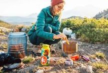 Backpacking Food Ideas / Heading out on an overnight backpacking trip? This collection of backpacking food ideas & backpacking recipes will help you plan & eat well on your hike! We share great backpacking meals, hiking food, and backcountry cooking tips.