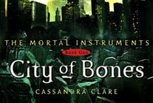 Shadowhunters books / This is about all books written by Cassie about Shadowhunters: The Bane chronicles, the mortal instruments, the infernal devices, the last hours and the dark artifices...