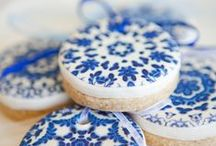 Colours ❁ Delft Blue / We love this classically beautiful pattern that brings truly striking and unique wedding decor!