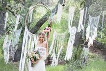 Using ※ Dreamcatchers / Include dreamcatchers in your wedding décor for a whimsical, bohemian feel.