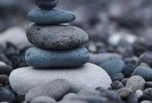 >pebbles<
