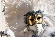 Mascaras / by Maria del C Vallejo