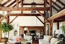 Rustieke stijl / woonstijl met natuurlijke materialen/elementen, ook wel een boerderij stijl genoemd