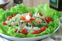 Saladas / by Chez Bianca