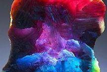 Crystals & Minerals / nature at play