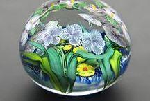 palle sfere  e uova di vetro