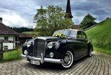 Oldtimer / Der Klassiker - mit dem Oldtimer zur Hochzeit.  Hier findest du sämtliche Oldtimer die in Deutschland, Österreich und der Schweiz für euren großen Tag gemietet werden können.