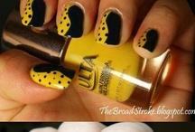 Pretty Perfect Nails  / by Natalie Jimenez