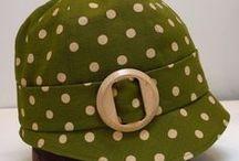 DE CABEZA / Sombreros, tocados, diademas.