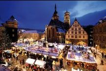 Die schönsten Weihnachtsmärkte / Im Varta-Führer Freizeit-Guide stellen wir stimmungsvolle Weihnachtsmärkte vor. Stimmen Sie sich ein auf die Adventszeit!