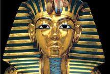 Egyptians / circa 3150 - 332 BC