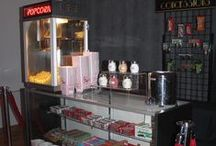 Concession Stand Rental for Your Event / Pop's Concessions creates a fun movie-theatre vibe complete with candy, popcorn and snacks. With its classic look, this theatre-style popcorn maker will be the centre of attention. There's nothing like lip-smacking candy and fresh popcorn to entice your guests!