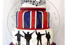Amazing Cakes / by Isabella Rye