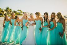 Wedding Ideas and Outfits / Ideas for a beach wedding and mother of the bride outfits.