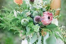 Bridal bouquet // inspiration / INSPIRATION // Wild, sophisticated or traditional bouquet's inspiration for your wedding. - Sauvage, sophistiqué ou traditionnel, voici nos inspirations pour vos bouquets de mariage. wild bouquet | traditional | bouquet | bridal | bridal bouquet | bouquet de mariage | bouquet de mariée | sophisticated | wedding | idea | flower | flowers | floral designer | floral design | paris