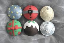 Christmas Cakes and Cupcakes / Our favourite time of the year!