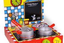 Cocinas y cacharritos / Cocinas de madera y mas accesorios para jugar a casitas