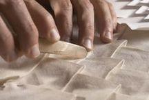 Les Artisans de la Perfection / La France regorge d'artistes et d'artisans dont le savoir-faire et la technique sont une grande richesse. Voici ceux que nous avons choisi de mettre en valeur à La Manufacture Bohin.