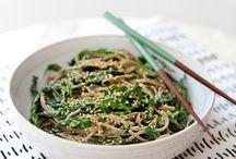 Food | oishi / Japanese food, especially salmon sushis