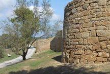 Poblado Íbero de Ullastret Girona / Photo Travel History Art Architecture Archaeology Fotografía Viajes Historia Arte Arquitectura Arqueología