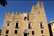 Castillo de La Bisbal d'Empordà. Siglos XI-XII. Girona / Photo Travel History Art Architecture Archaeology Fotografía Viajes Historia Arte Arquitectura Arqueología