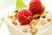 Healthy Snacks / Need a quick fix on the go? Check out these healthy snack ideas!