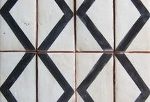 Paint & Tiles // Floors & Walls / Creative ways to decorate walls and floors!