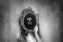 Scary: Mirrors