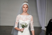 'Gorgeous Wedding Dresses / by Audrey Merchant