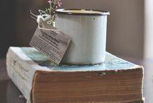 Libri consigliati| Books / Libri. Libri e ancora libri. Da leggere. Sfogliare. Assaporare con mano la fantasia. Riproposta sul cibo.