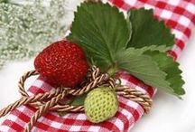 Gingham and Strawberries / random, I know, but they are so perfect together ;)!!