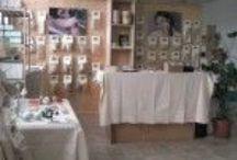 Ripalta - Dove siamo & Contatti / RIVENDITA DIRETTA RIPALTA Via Fratelli Cairoli 11 27015 Landriano - Pavia – Italia Tel 0382-1759058 Email: info@linearipalta.com Email: ordini@linearipalta.com Email: amministrazione@linearipalta.com  SITO: http://linearipalta.com/  FACEBOOK: https://www.facebook.com/pages/Ripalta/1421301208111895  LINKEDIN: https://www.linkedin.com/hp/?dnr=qx9ZJjI1YFuJgB_uF8QZJQu1vFuJgBl3fYAH