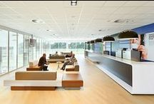 Danone Innovation Centre Utrecht / Licht en ruim opgezet Research & Development Centre voor Danone werd opgeleverd in 2013. Het gebouw is ontworpen door Cepezed architecten. Interieurarchitect Chris Pachen van N Interieurarchitecten ontwierp het interieur, inclusief de indeling en afwerking. Eyecatcher in het gebouw is de zitgroep van AVL Glyders van Lensvelt, in wit en verschillende bruintinten.  Architects: N Architecten, www.n-architecten.nl