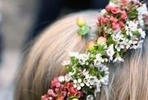 Kukkia hiuksissa