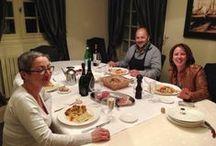 Soirée table d'hôtes Italienne à la Villa 1865 / Je vous fais partager une soirée table d'hôtes à la Villa 1865 chez notre client d'origine Italienne où la cuisine est aussi succulente que les chambres sont charmantes. Voici donc ce que nous voyons en cuisine puis sur la table...