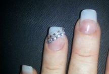 The Charmed Nail / All things charming.