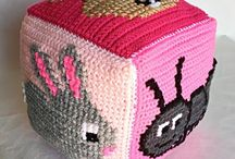 Crochet: Toys / A selection of crochet toy patterns both free and paid for