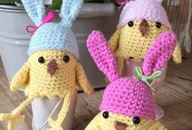 Crochet: Easter / A selection of crochet Easter patterns both free and paid for