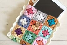 Crochet: Phone and Tablet Covers / A selection of crochet phone and tablet cover patterns both free and paid for