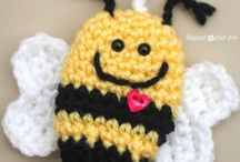 Crochet: Keychains / A selection of crochet keychain patterns both free and paid for
