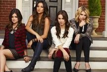 Pretty Little Liars Season 6 Fashion Style / #PrettyLittleLiars #Fashion #Outfits #Style #Celebrity #Looklive