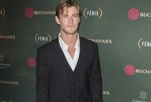 Chris Hemsworth Fashion Style / #ChrisHemsworth #Celebrities #Fashion #Style #Outfits #Looklive