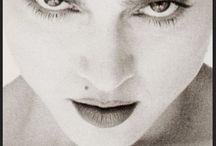 7 marks of beauty: Beauty mark above the lips