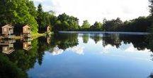 Week-end vacances nature lac - Parenthèses imaginaires - Dordogne Périgord / Parenthèses imaginaires vous propose des chalets au bord de l'eau dans un domaine naturel