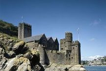Dartmouth Castle / One of the most picturesquely-sited fortresses in England. For over 600 years Dartmouth Castle has guarded the narrow entrance to the Dart Estuary and the busy, vibrant port of Dartmouth. Double click on any image for more info and a video.