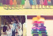 Mariage aux couleurs Pep's / Vous ne savez pas quelles couleurs choisir... Prenez-les toutes! Les plus flashy donneront de la modernité et de la vitamine à votre mariage. Mettez-les à l'honneur par petites touches et dans les détails: chaussettes, nœuds papillons et autres accessoires. www.drissia.fr