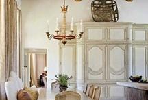 Chalk Paint®/Armoires & Cupboards