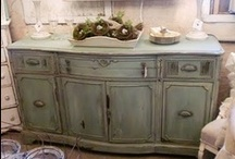 Chalk Paint®/Buffets & Hutches